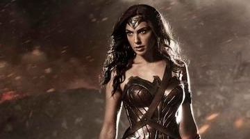 batman-v-superman-wonder-woman-gal-gadot-slice
