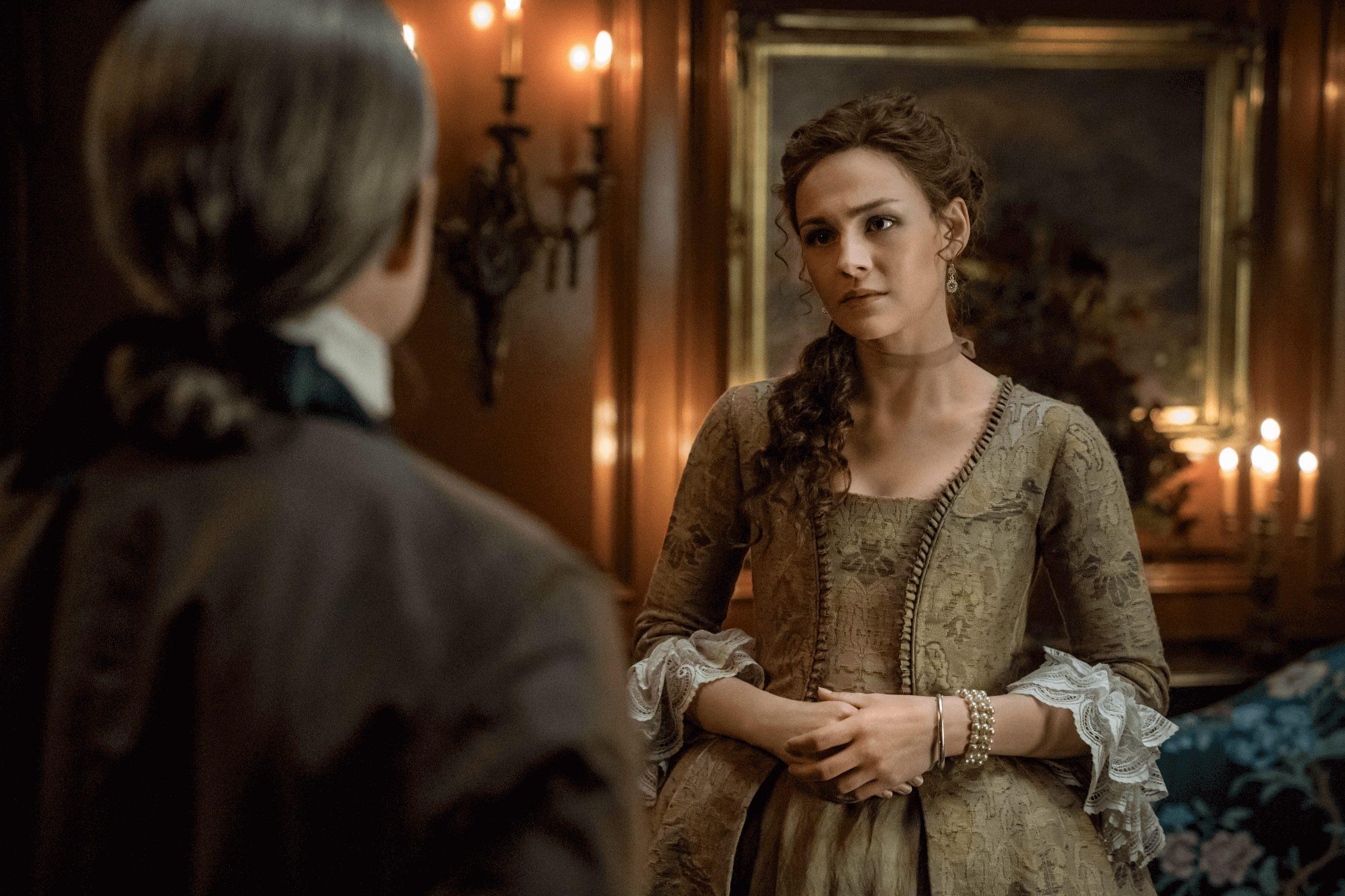 Outlander--Episode 11--If Not For Hope--Billy Boyd (Gerald Forbes), Sophie Skelton (Brianna Randall Fraser)