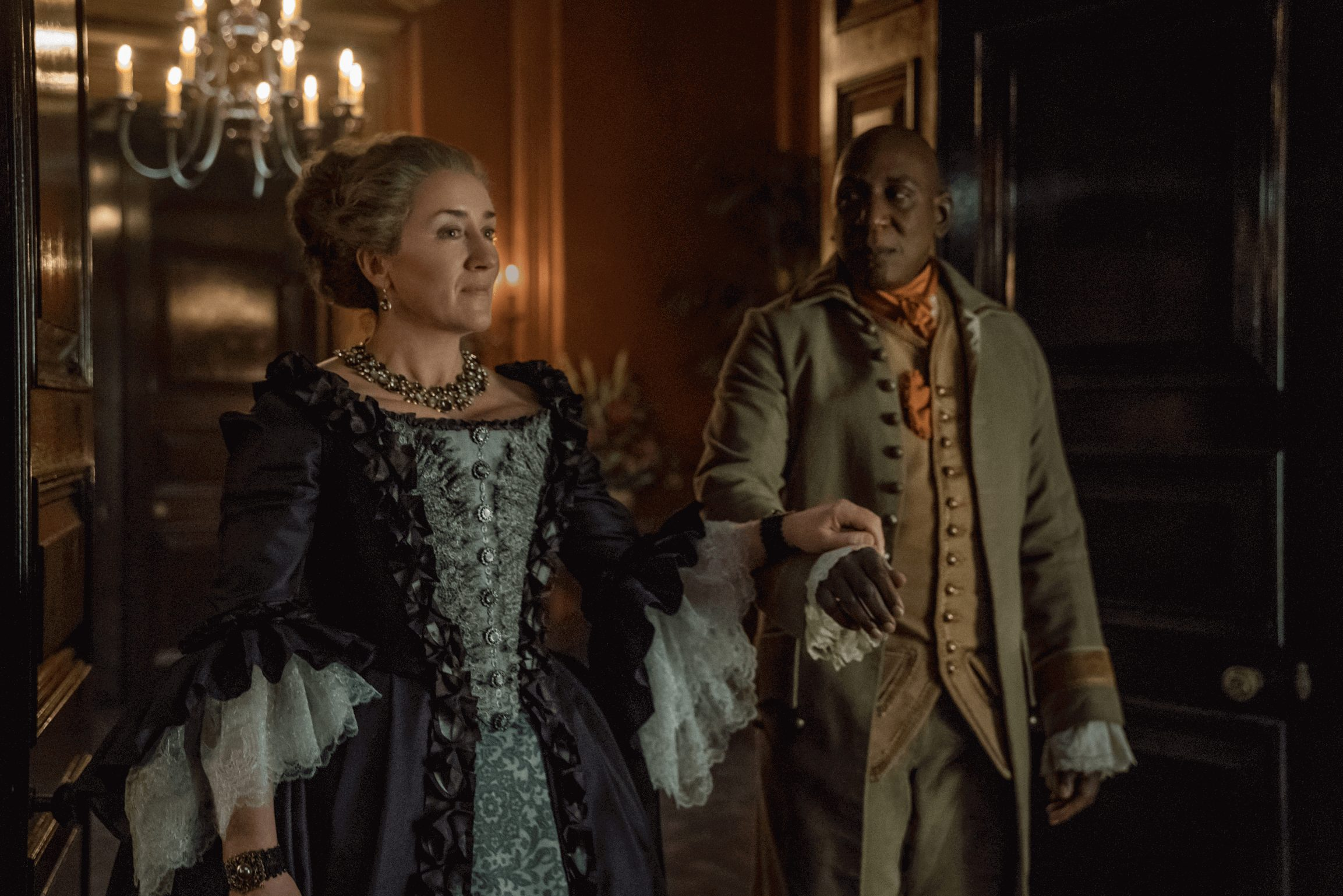 Outlander--Episode 11--If Not For Hope--Maria Doyle Kennedy (Aunt Jocasta), Colin McFarlane (Ulysses)